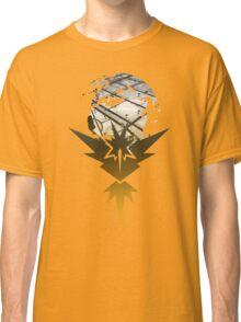 Team Instinct Pokemon Go Lets Go Classic T-Shirt