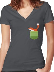 fox in my pocket Women's Fitted V-Neck T-Shirt