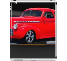 1941 Chevrolet 'Winners Circle' Coupe iPad Case/Skin
