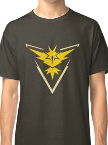 Pokemon GO - Team Instinct 2.0 Classic T-Shirt