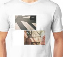 WANDERING MINDS  Unisex T-Shirt