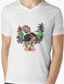 Snoop Dogg tee  Mens V-Neck T-Shirt