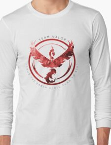 Team Valor pokemon go Long Sleeve T-Shirt