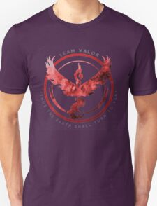 Team Valor pokemon go Unisex T-Shirt