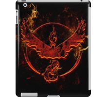 Team Valor pokemon go flames red iPad Case/Skin