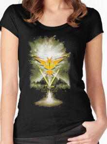 Team Instinct Yellow pokemon go Women's Fitted Scoop T-Shirt