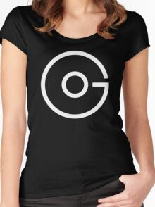 Go.White Women's Fitted Scoop T-Shirt