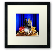 Swan Queen (Once upon a time) Framed Print