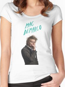 Mac DeMarco Singing  Women's Fitted Scoop T-Shirt