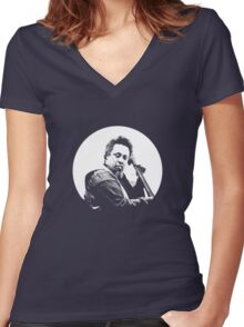 mingus portrait  (for dark background) Women's Fitted V-Neck T-Shirt