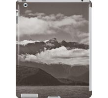 ~ land of the long white cloud ~ iPad Case/Skin