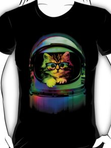 Cool kitten on the helmet T-Shirt