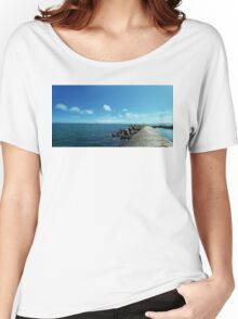 floating 2 Women's Relaxed Fit T-Shirt