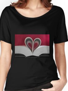A love of books Women's Relaxed Fit T-Shirt