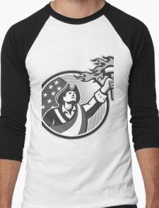 American Patriot Holding Torch Circle Grayscale Men's Baseball ¾ T-Shirt