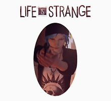 Life is strange Chloe with gun Unisex T-Shirt