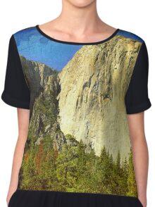 A scenic view of Yosemite National Park Chiffon Top