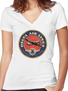 Delta Airlines Vintage USA Women's Fitted V-Neck T-Shirt