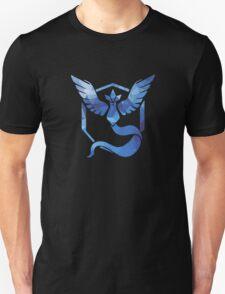 Pokémon Go Team Mystic v. Fractal  Unisex T-Shirt