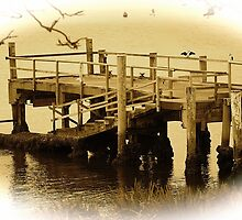 jetty by Ross Hipwell