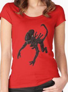 Alien Xenomorph crawl Women's Fitted Scoop T-Shirt