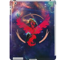 Pokemon Go valor team iPad Case/Skin