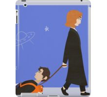 Dana Scully and Fox Mulder iPad Case/Skin