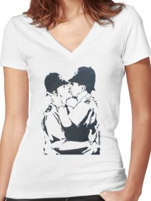 BANKSY -  KISSING COPPERS Women's Fitted V-Neck T-Shirt