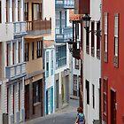 La Palma street by Aleksandra Misic