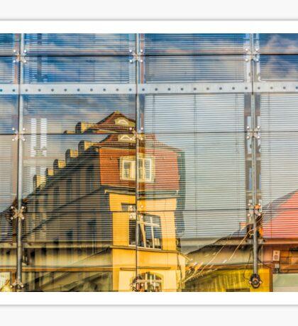 Gebäude spiegeln sich in Glasfront Sticker