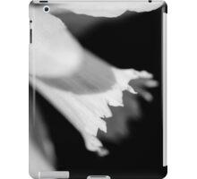 Daffodil in black and white iPad Case/Skin