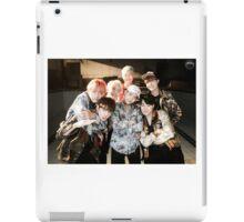 BTS/Bangtan Sonyeondan - Fire Group Photo iPad Case/Skin