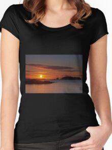 Hebridean Gold Women's Fitted Scoop T-Shirt