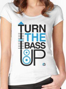 TURN THE BASS UP - Crossfader & Speaker DJ, Dark Women's Fitted Scoop T-Shirt