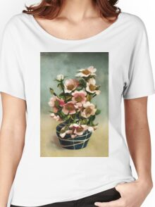 Vintage Wild Roses Women's Relaxed Fit T-Shirt