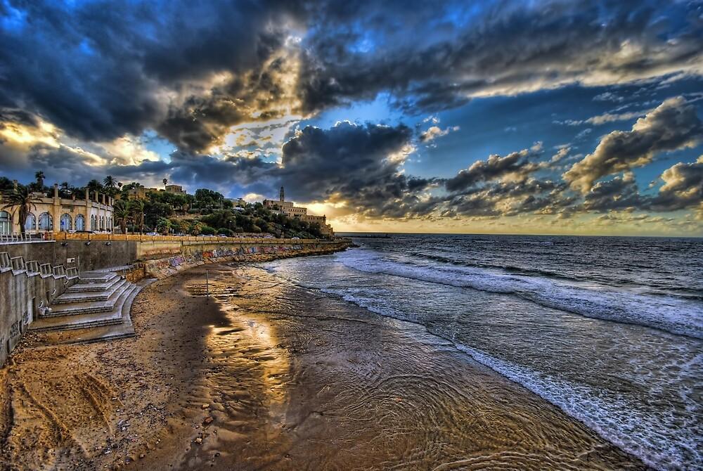 Tel Aviv, the golden hour by Ronsho