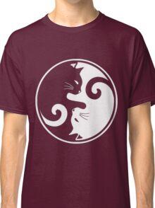 YIN YANG CAT Classic T-Shirt