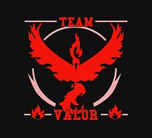 team valor - pokemon Unisex T-Shirt