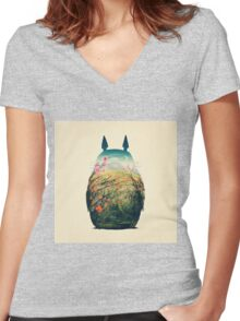 Tonari No Totoro to Women's Fitted V-Neck T-Shirt