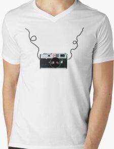 Love x x  Leica  Love x x Mens V-Neck T-Shirt