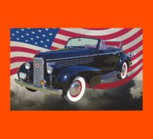 Black 1938 Cadillac Lasalle With United States Flag Kids Tee