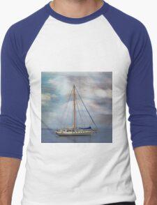 Boat on the River Tay Dundee Scotland. Men's Baseball ¾ T-Shirt