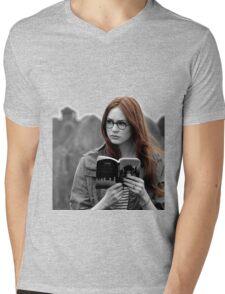 Amy Pond Mens V-Neck T-Shirt