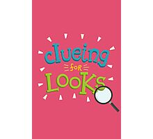 He's clueing. Clueing for looks. Photographic Print