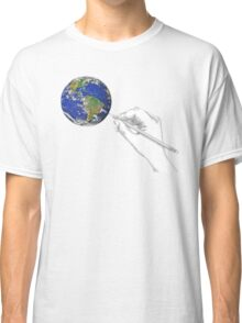 Drawing the World Classic T-Shirt