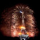 Fête Nationale - La Tour Eiffel by Austen Risolvato