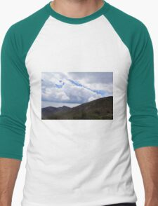Natural scenery with mountains view and cloudy sky. Men's Baseball ¾ T-Shirt