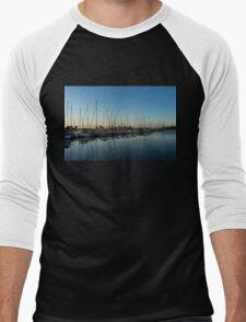 Glossy Early Morning Ripples - Bright Blue Summer at the Marina Men's Baseball ¾ T-Shirt