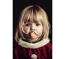 little girl eat oranges Photographic Print