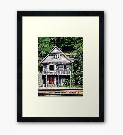 Keystone Inn  Framed Print